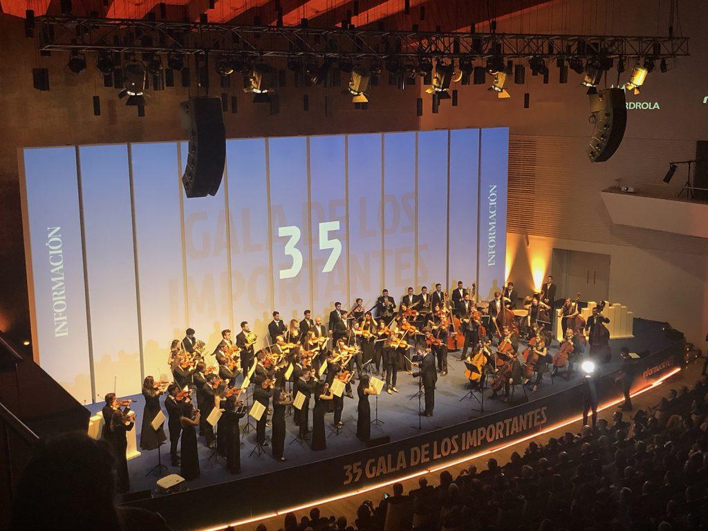 Orquesta ADDA Sinfónica, formda por 43 miembros